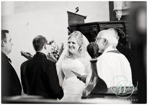 Hampshire-wedding-photographer-006
