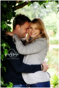 Engagement-Photography-Northbrook-Park-001