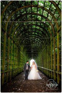 Wedding-Photography-Hampton-Court-Palace-017