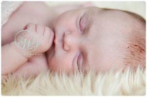 Newborn-Photographer-in-Surrey-005