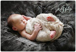 Newborn-Photographer-in-Surrey-006