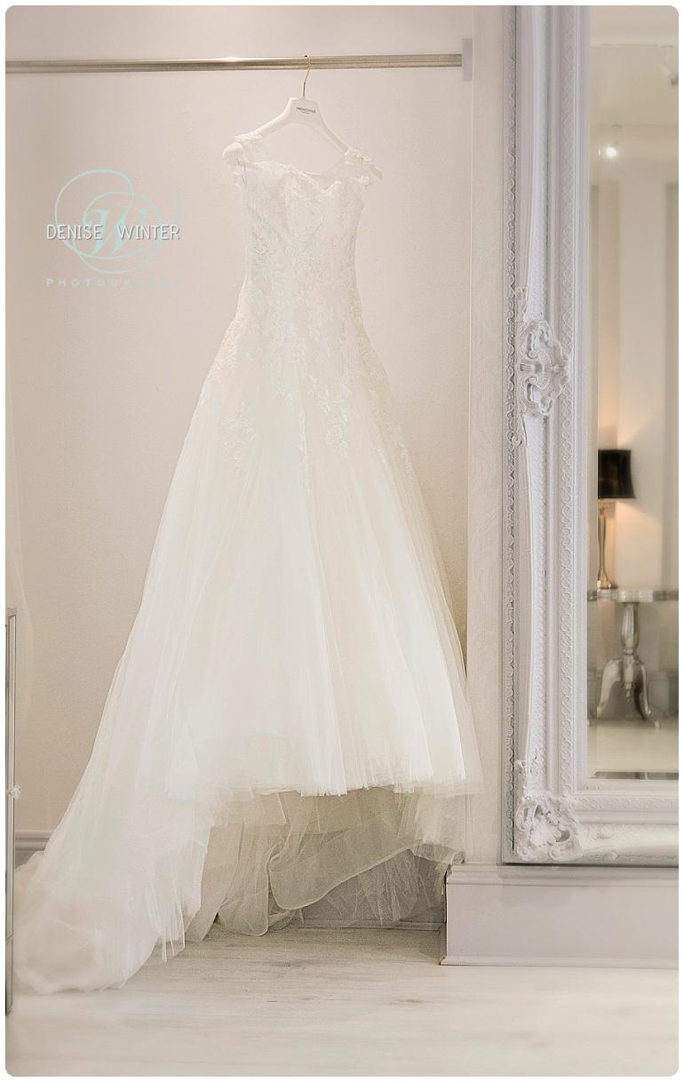 Wedding Photographer Windsor - Wedding Dress Windsor_0006