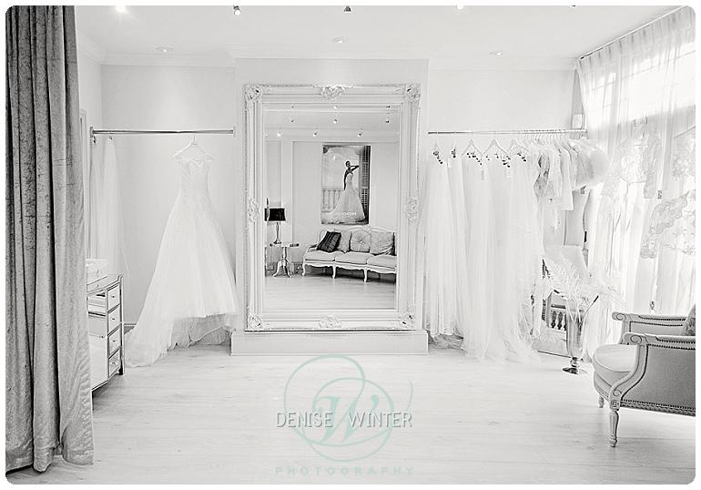 Wedding Photographer Windsor - Wedding Dress Windsor_0035