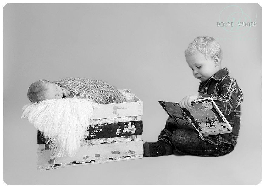 newborn photographer surrey_0101