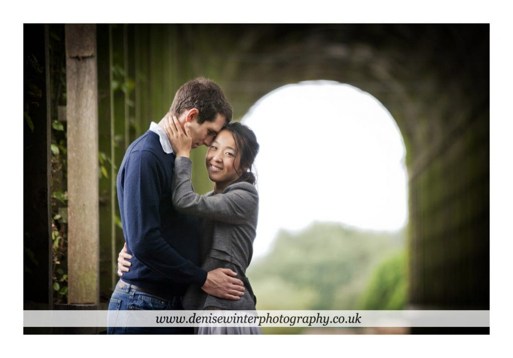 Engagement-Shoot-Hampton-Court-Palace-4