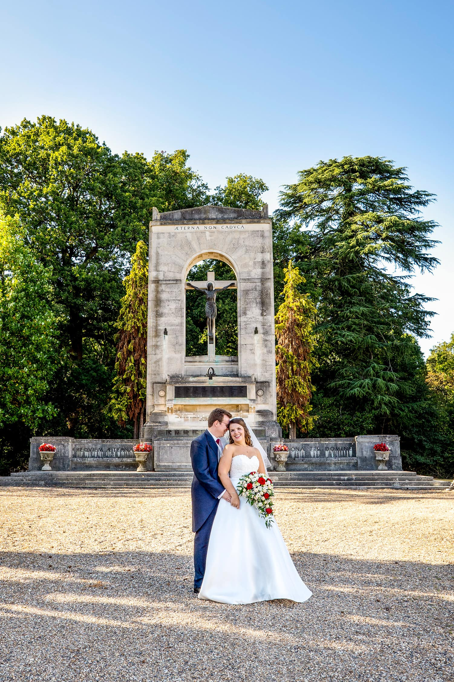 Summer wedding at Beaumont Estate with a happy bride and groom