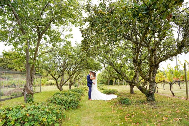 Stanlake Park Vineyard Wedding – Hannah + Rohan
